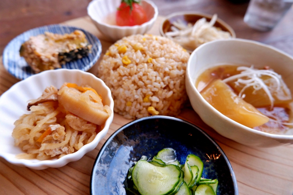 【特集記事】からだに優しい!菜食ごはんとおやつ ニコル食堂に行ってきました。