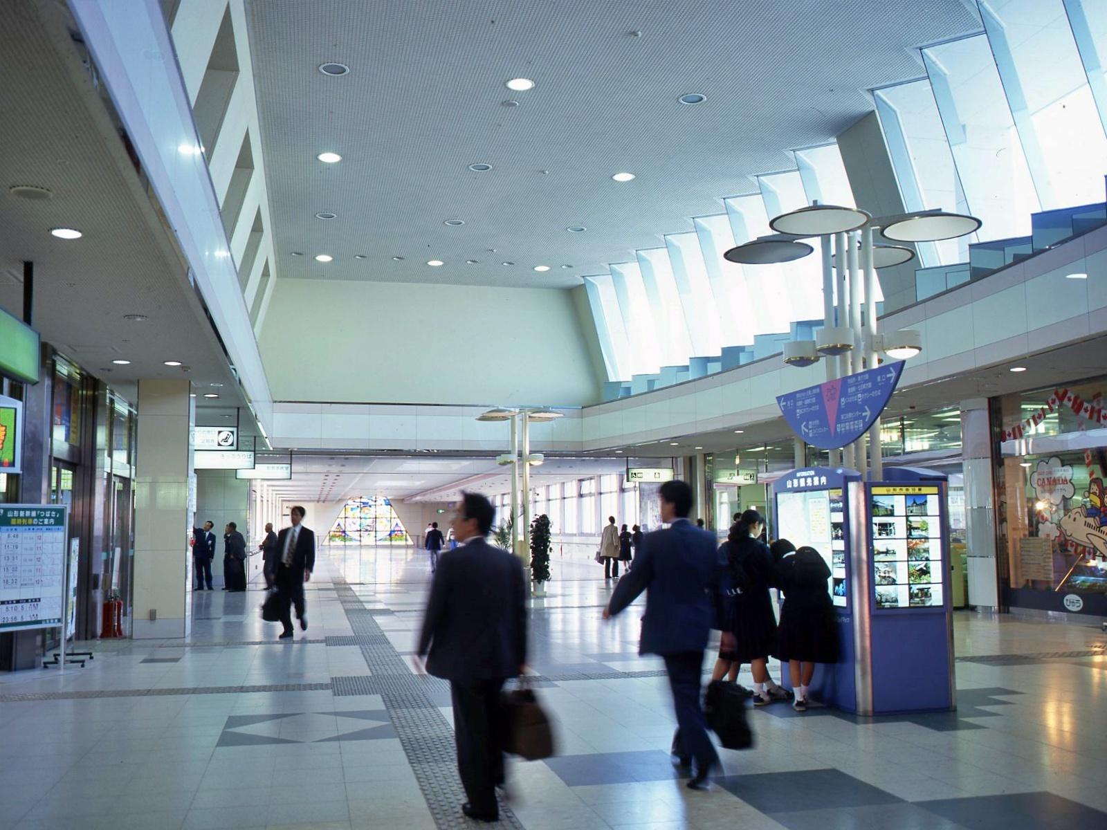 山形駅東西自由通路